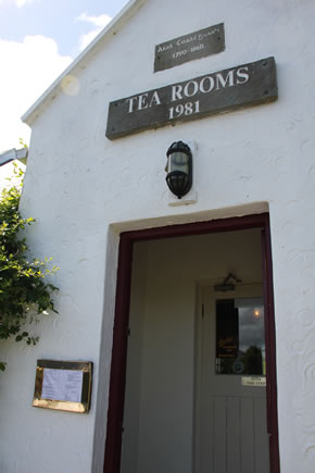 Tea & Garden Rooms / An Fear Gorta Doorway